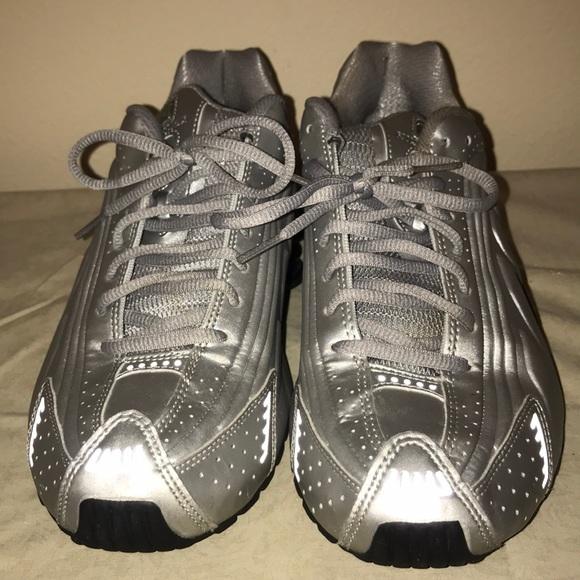 Men Nike Shox Silver Size 8